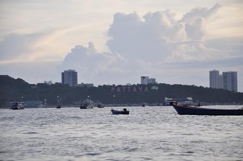 Pantai Pattaya di waktu senja