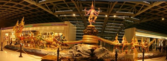 Patung Hindu Purana Samudra Manthan di Suvarnabhumi Airport yang Mengagumkan (Photo By : mesosyn.com)