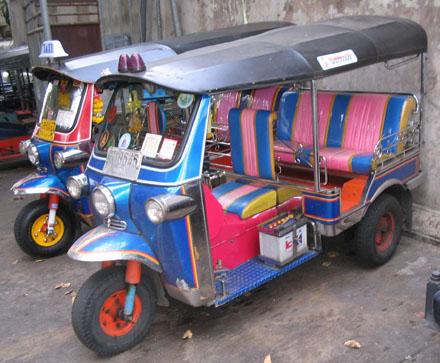 Penampakan Tuk-Tuk Thailand