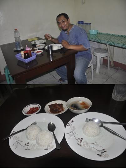 Bagian Dalam Khalil Muslim Restorant