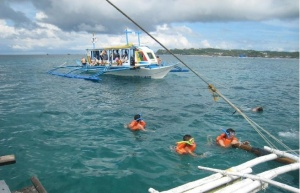 Suasana Snorkelingnya