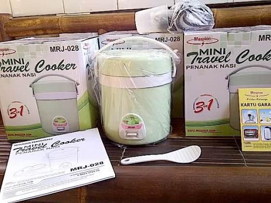 Contoh Mini Rice Cooker untuk traveling