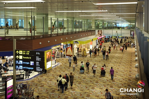 Transit Mall Terminal 1 (Photo Credit : Changi Airport Group)