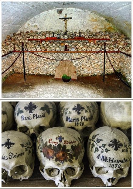 Bagian Dalam Bone House Hallstatt