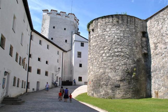 Bagian dalam benteng