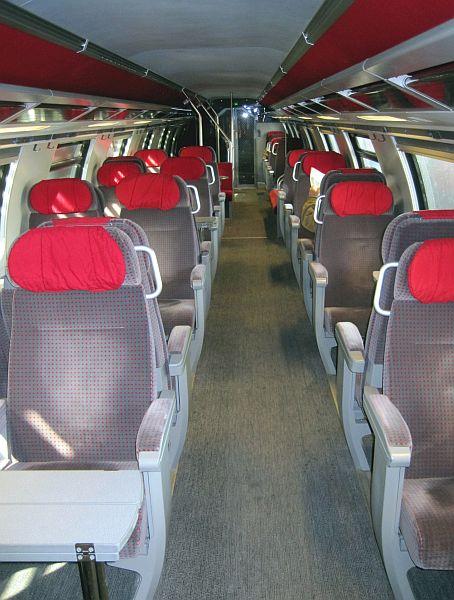Bagian Dalam Kereta EC