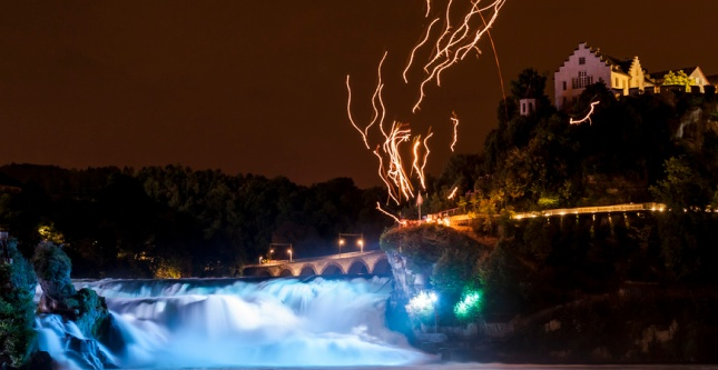 Memorable Illumination (Photo by : www.rheinfall.ch)