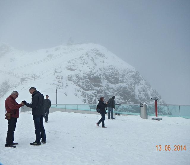 Salju di Puncak Pilatus