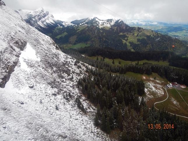 Pemandangan dari Aerial Cableway