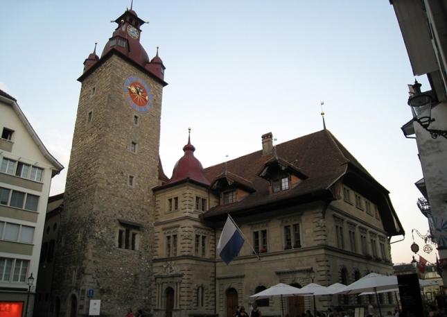Kornmarkt & Rathaus (Town Hall)