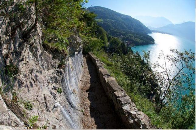 Salah satu pemandangan dari Pilgrimage Road