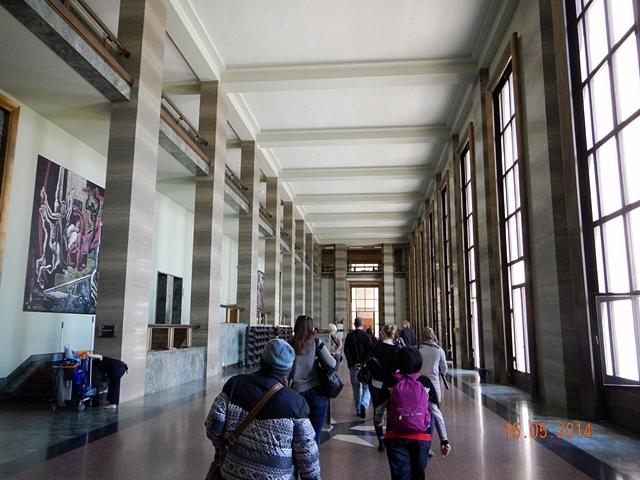 The Salle des Pas Perdus
