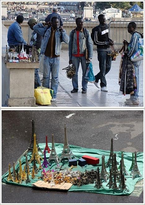 Penjual Souvenir di seputaran Eiffel dan museum Louvre