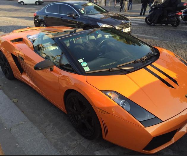 Salah satu mobil yang disewakan (Photo by : Andi1510)
